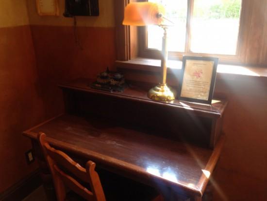 ディズニーシーの机