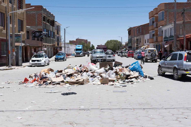 ゴミの山の画像